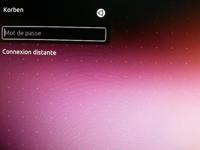 20130508 085405 Supprimer les points blancs sur lécran de login dUbuntu