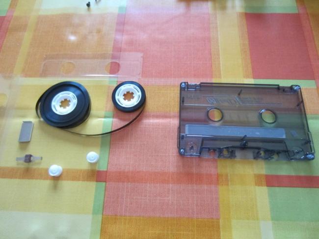 newimage1 650x487 Recycler une cassette audio pour protéger un Raspberry Pi