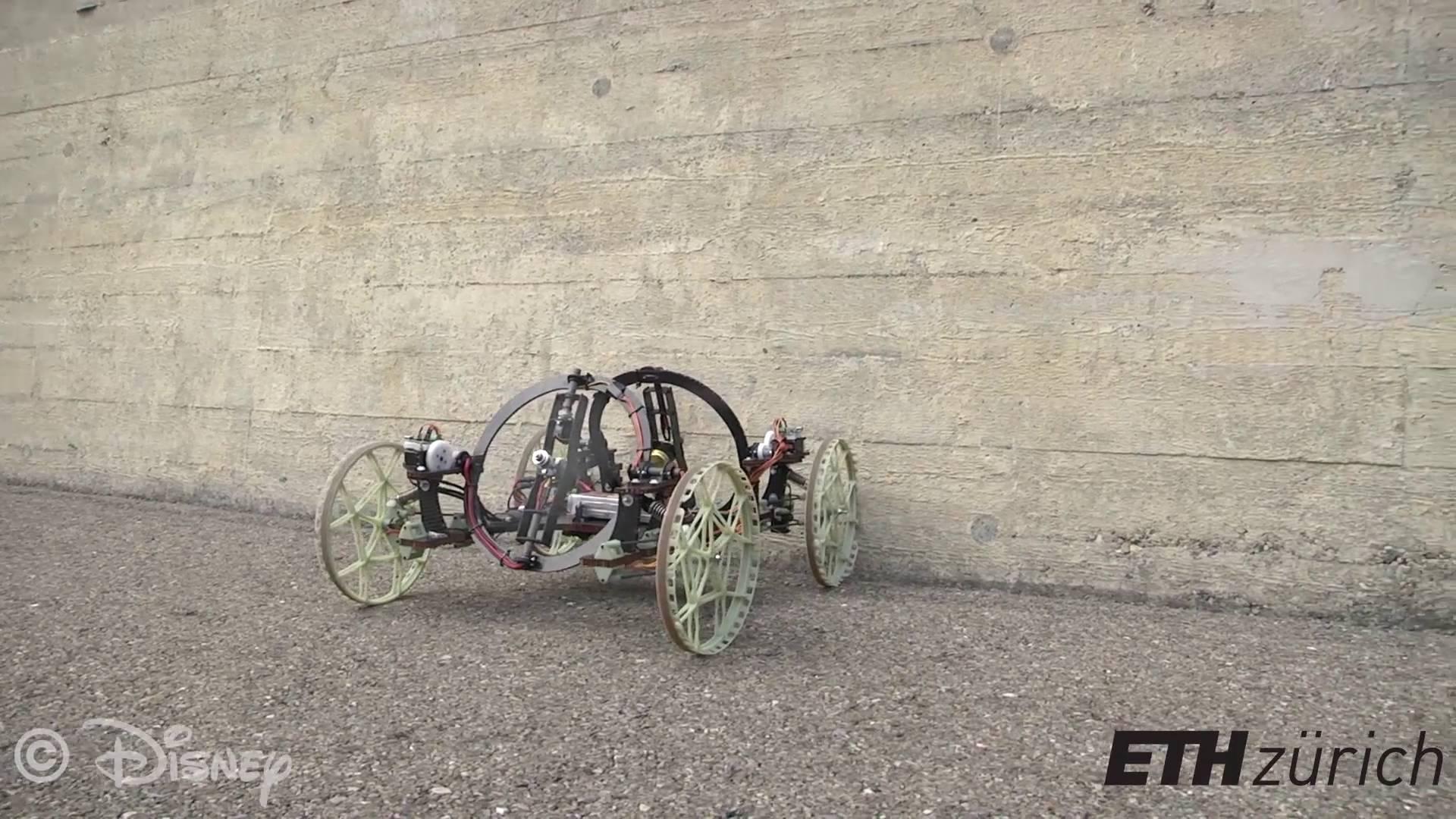 VertiGo, le robot qui roule sur les murs