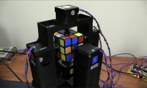 Un robot qui résout un Rubik's cube en 1 seconde