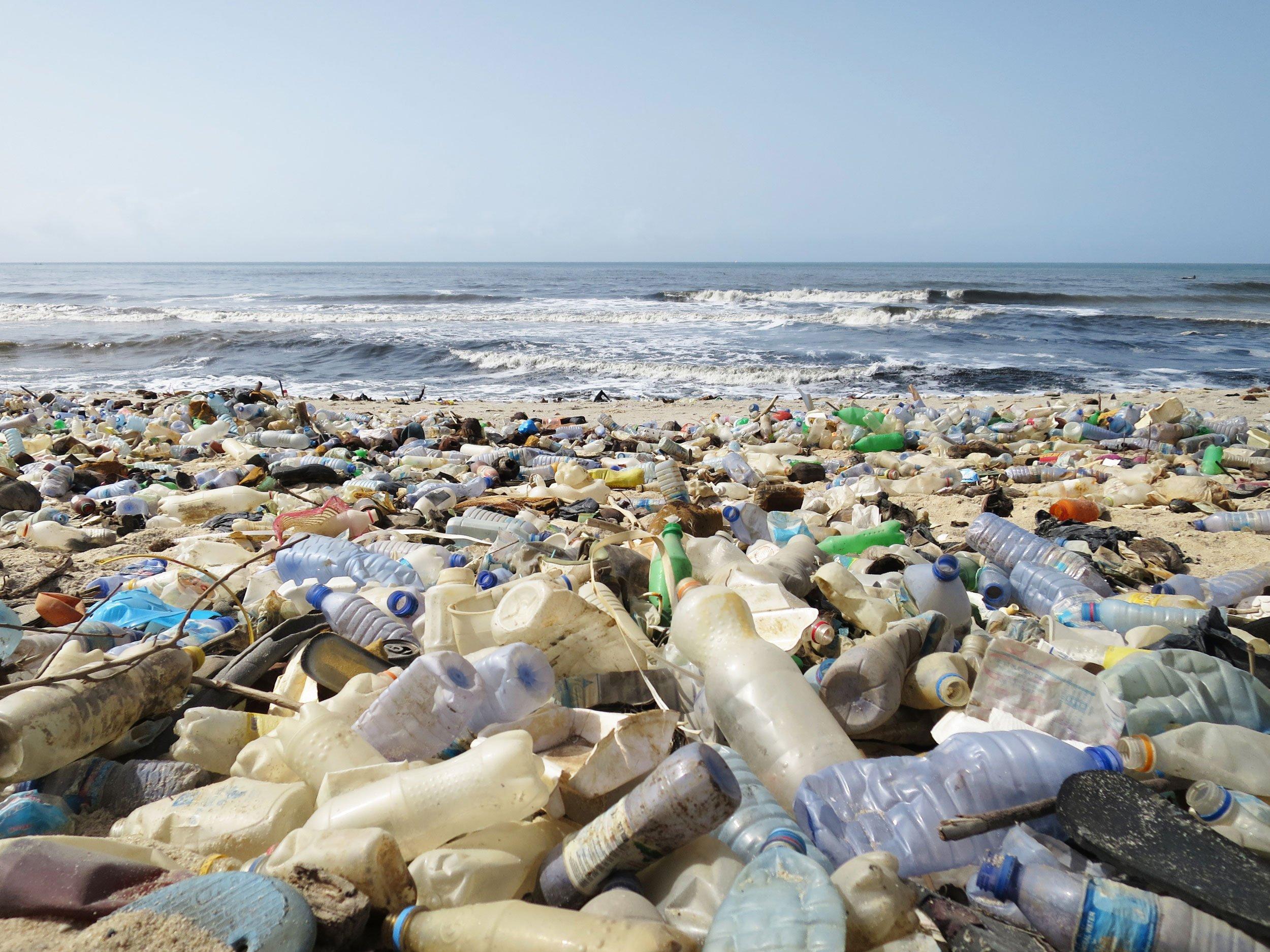 Precious plastic recyclez vous m me votre plastique korben - Machine pour recycler le plastique ...
