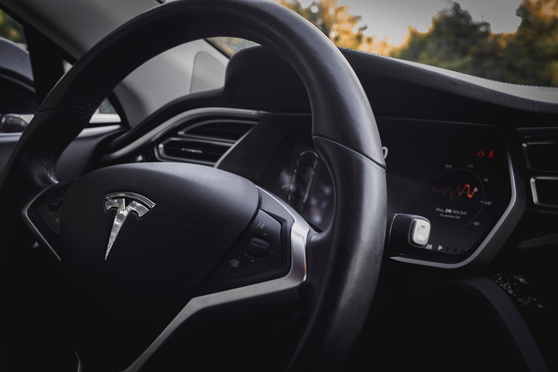 +35 à +45% de fluidité sur routes avec des véhicules autonomes coopératifs